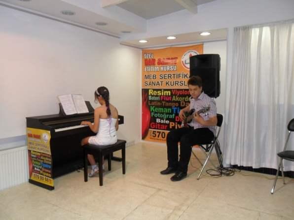piyano ve gitar deri