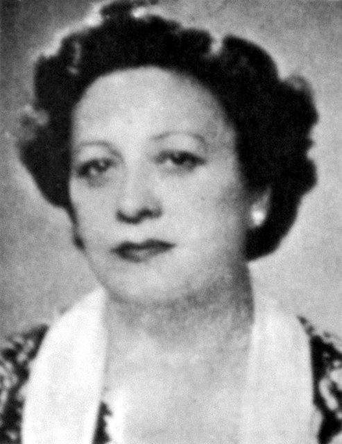 İlk kadın öğretmen-Perihan Ongan