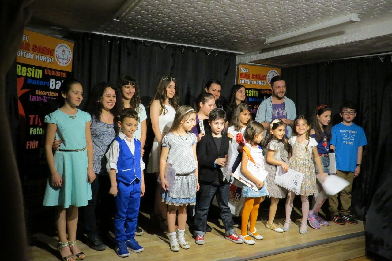 19-mayis-ataturk-u-anma-genclik-ve-spor-bayrami-konseri-30