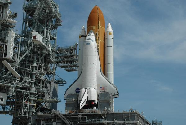 NASA Atlantis Returns to Launch Pad