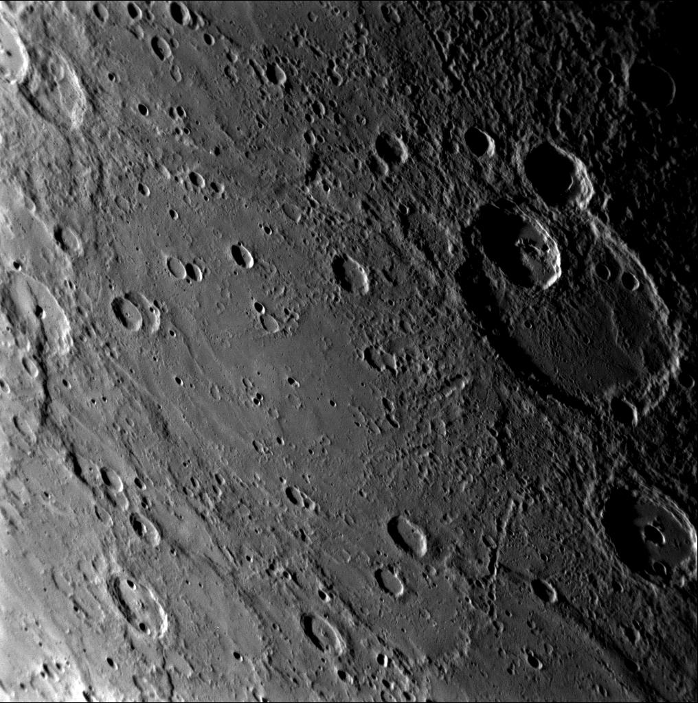 NASA Messenger foto of Mercury's surface