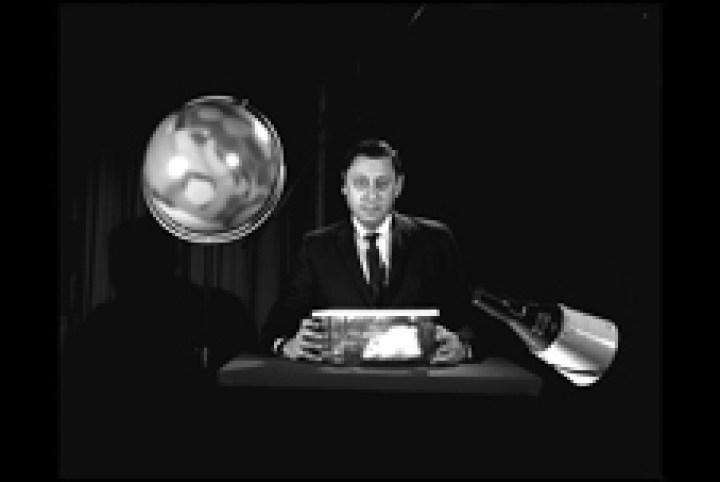 """Dr. Harold """"Chuck"""" Klein, padre del programma di scienze biologiche della NASA."""