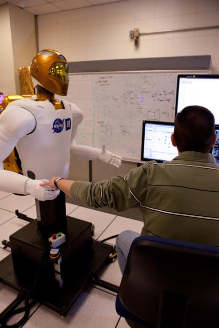 robot- mão sem olhar