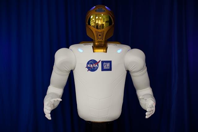 robot frente