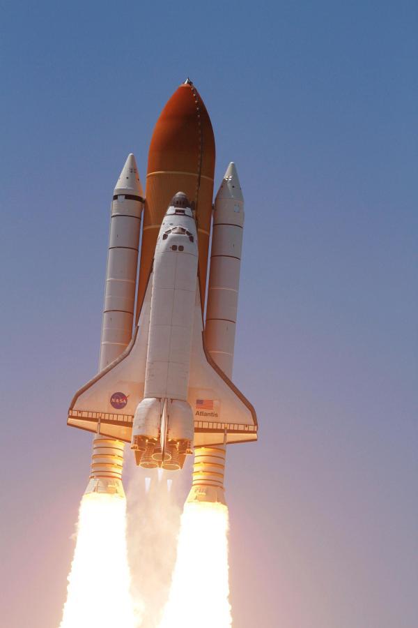 NASA Nostalgia 42 Favorite Photos of the Space Shuttle