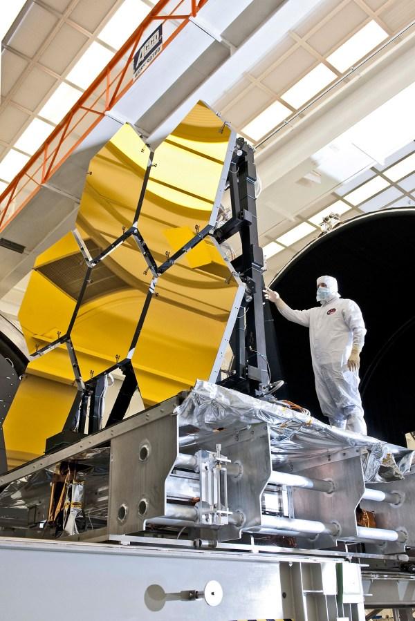 NASA - NASA's Webb Telescope Completes Mirror-Coating ...