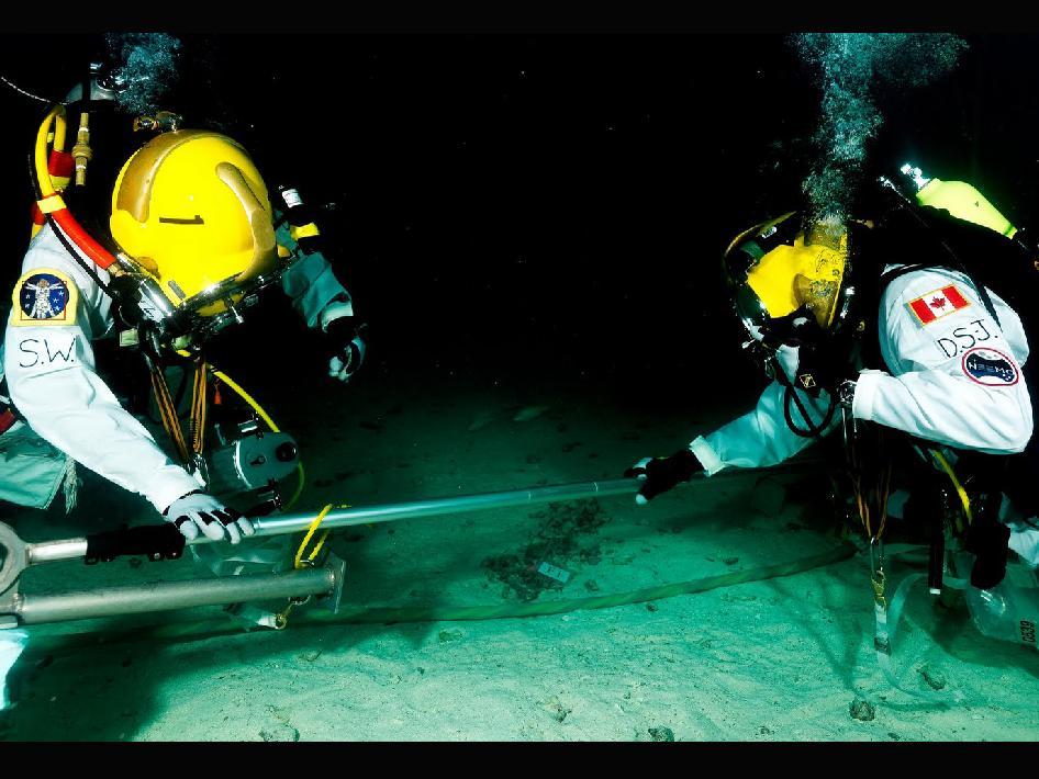 NASA NEEMO 15 Commander Shannon Walker (NASA) and fellow aquanaut David Saint-Jacques (CSA)