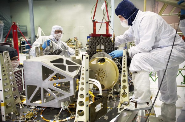 NASA - NASA Engineers Rehearse Placement of Webb Telescope ...