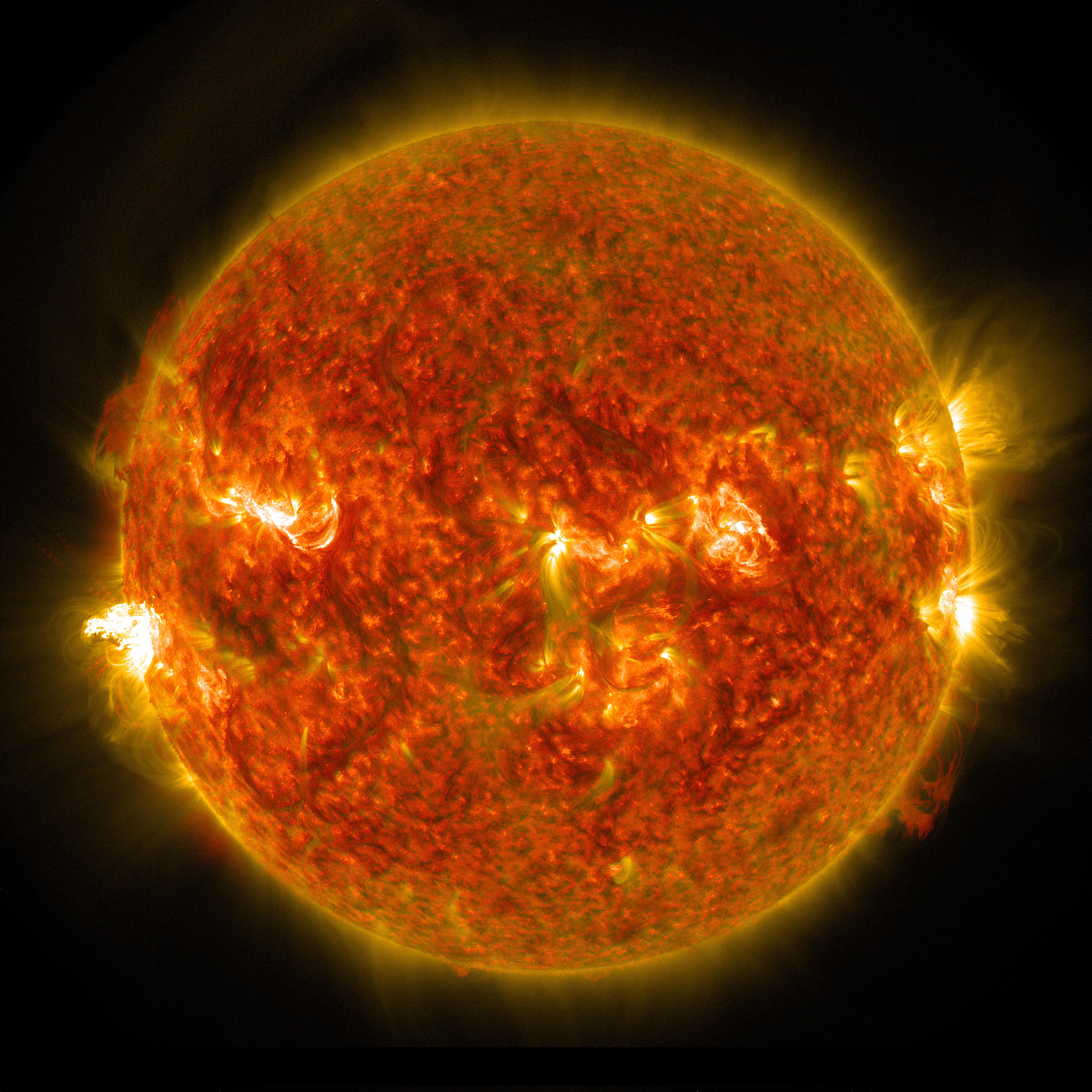 Solar Dynamics Observatory Captures Images Of A Late
