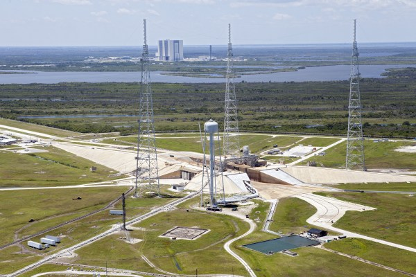 Kennedy Space Center in 2013: A Year of Accomplishments ...