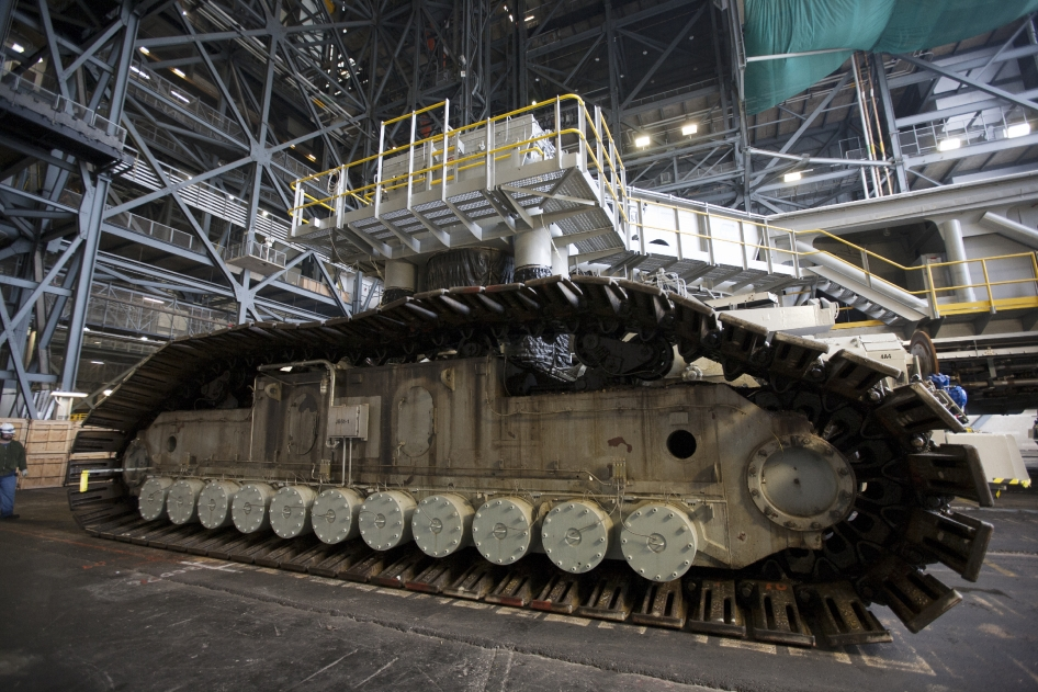 CrawlerTransporter Passes Milestone Test at Kennedy Space