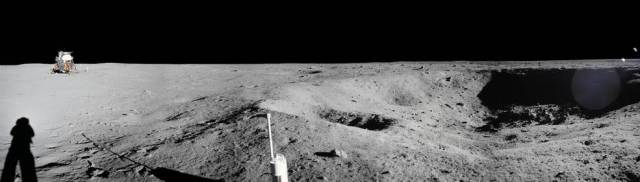 apollo_11_panorama_mosaic_little_west_crater