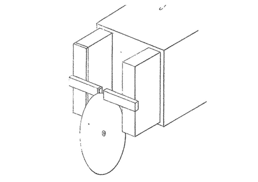 engineering diagram of Faraday's first dynamo machine