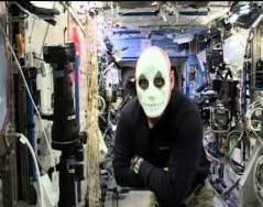 halloween_on_iss_exp_45_kelly