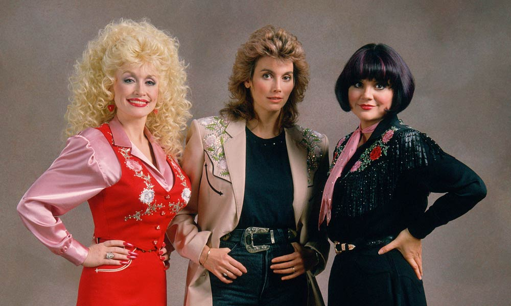 20-top-selling-country-stars_linda-ronstadt-with-dolly-parton-and-emmylou-harris