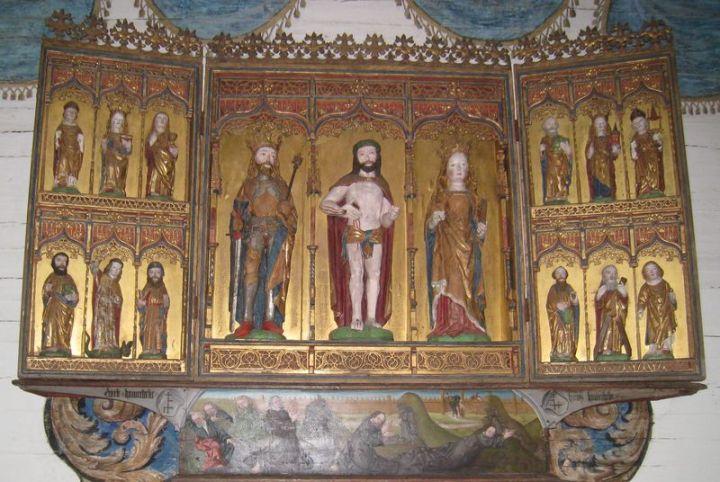 """Näshults kyrkas altarskåp -- """"ett av de förnämsta i Småland"""""""