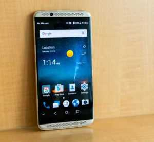 ZTE Axon 7 With Flying Colors