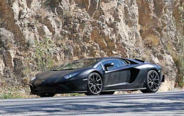 Lamborghini Aventador Performante front