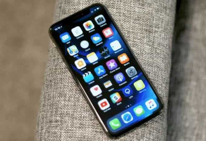 iPhone X OLED Display