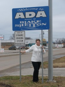 Blake Shelton Sign In Ada, Oklahoma