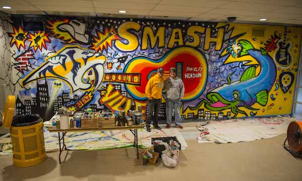 Brad paisley unveils nashville wall mural announces music for Concert wall mural