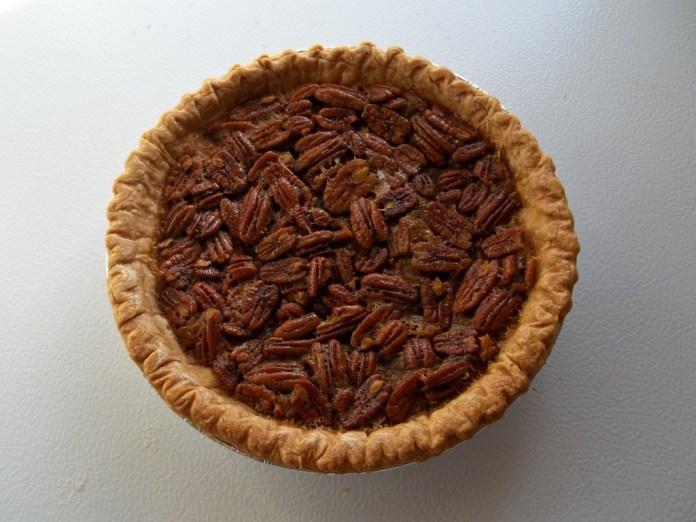 Trisha Yearwood pecan pie