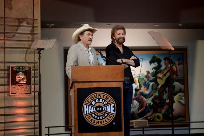 Brooks Dunn Country Music Hall Fame