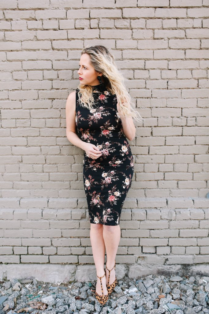 Floral dress, spring looks, date night outfits, crimpy hair, wavy hair, 3 barrel curling iron