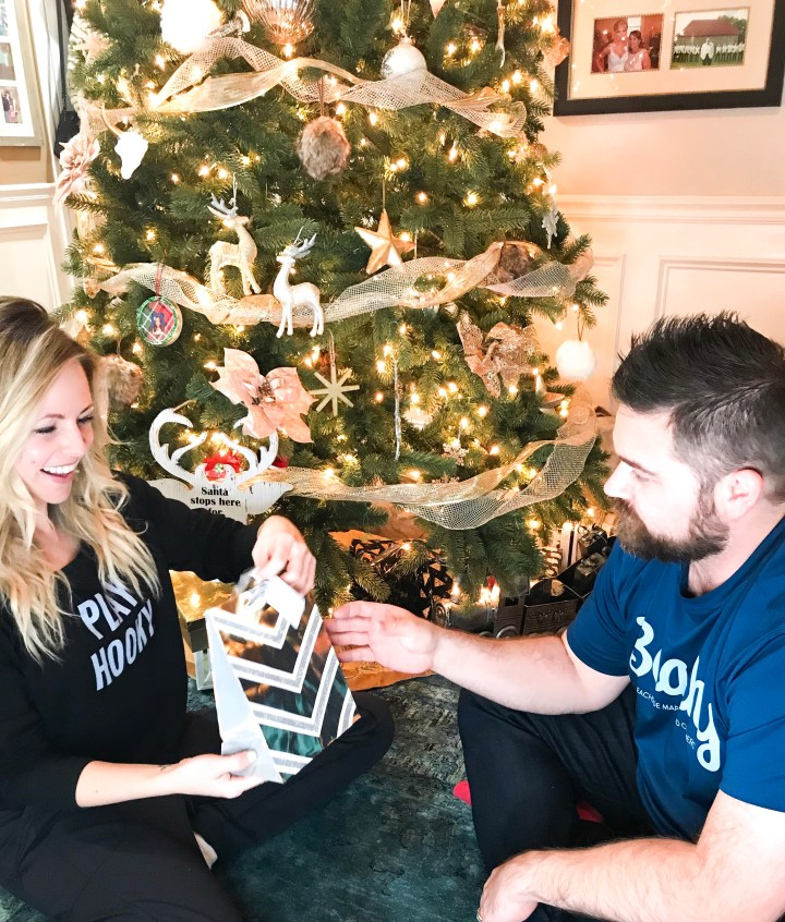 GIFTS FOR HIM YOU KNOW HE WILL LOVE by Nashville style blogger Nashville Wifestyles