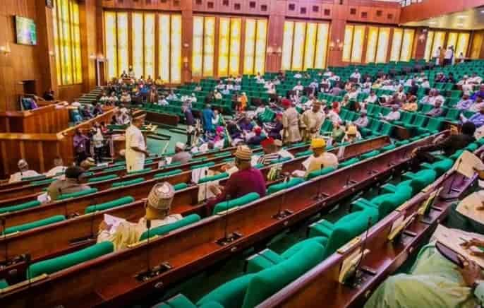 REP'S  BILL SEEKS REFUND FOR ELECTRICITY CONSUMERS