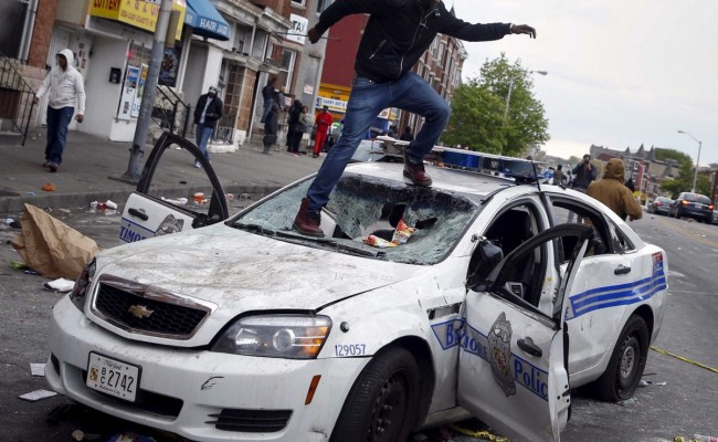baltimore-riots-2-650x400