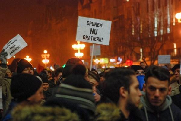 protest-ordonanta-gratiere-si-cod-penal