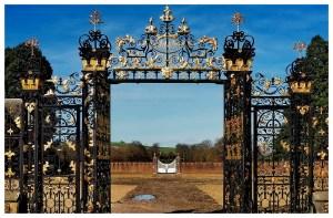 Wielka-Brytania-Walia-National-Trust-Tredegar-atrakcje-muzeum-brama-bogata-co-zobaczyć