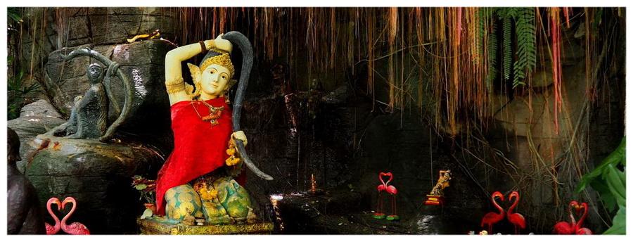 Bangkok-Tajlandia-Azja-świątynie-budda-posągi-atrakcje-co-zobaczyć-mnisi-klasztory-zwiedzanie-świątynia-mycia-boskich-włosów