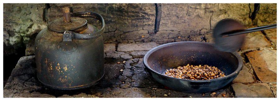 Tradycyjna metoda wypalania kawy Luwak na Bali