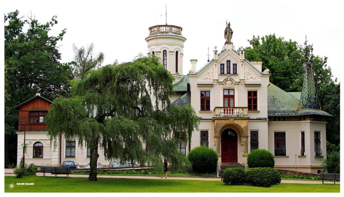 Pałac-w-Oblęgorku-muzeum-Henryka-Sienkiewicza-atrakcja-turystyczna-kieleckie-zwiedzanie-pamiątki-podróże-co-zobaczyć
