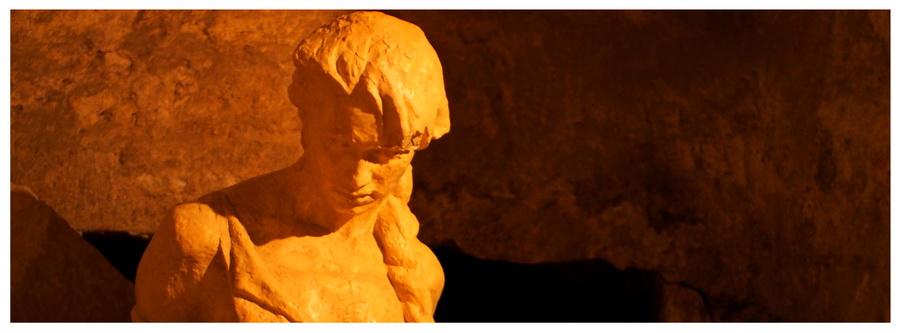 Lwów-Ukraina-Wschód-zabytki-atrakcje-co-zobaczyć-zwiedzanie-ceny-bilety-podziemia-posąg