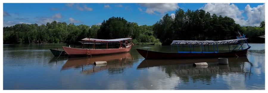 Sihanoukville-Kambodża-Azja-plaża-atrakcje-co-zobaczyć-otres-beach-blog-podróżniczy-łodzie-rzeka