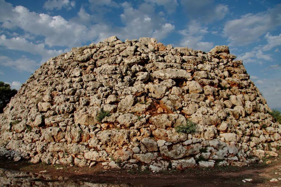 Tajemnicze budowle na Minorce - Baleary Hiszpania