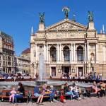 Opera Lwowska jest piękna i warto ją zwiedzić