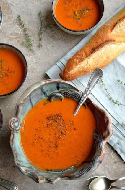 Tomato basil soup, Mama ía
