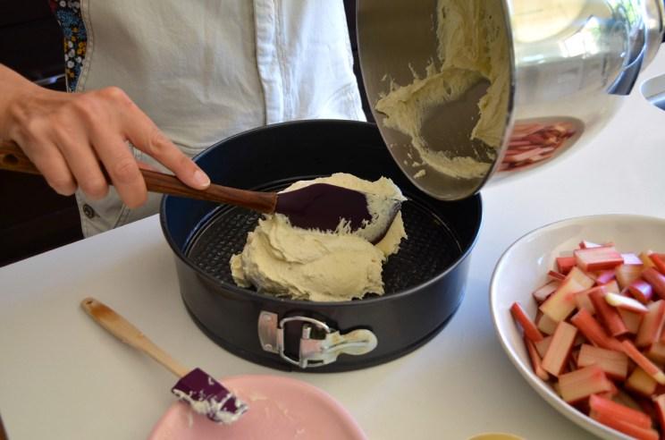 Rhubarb almond cake, Mama ía blog