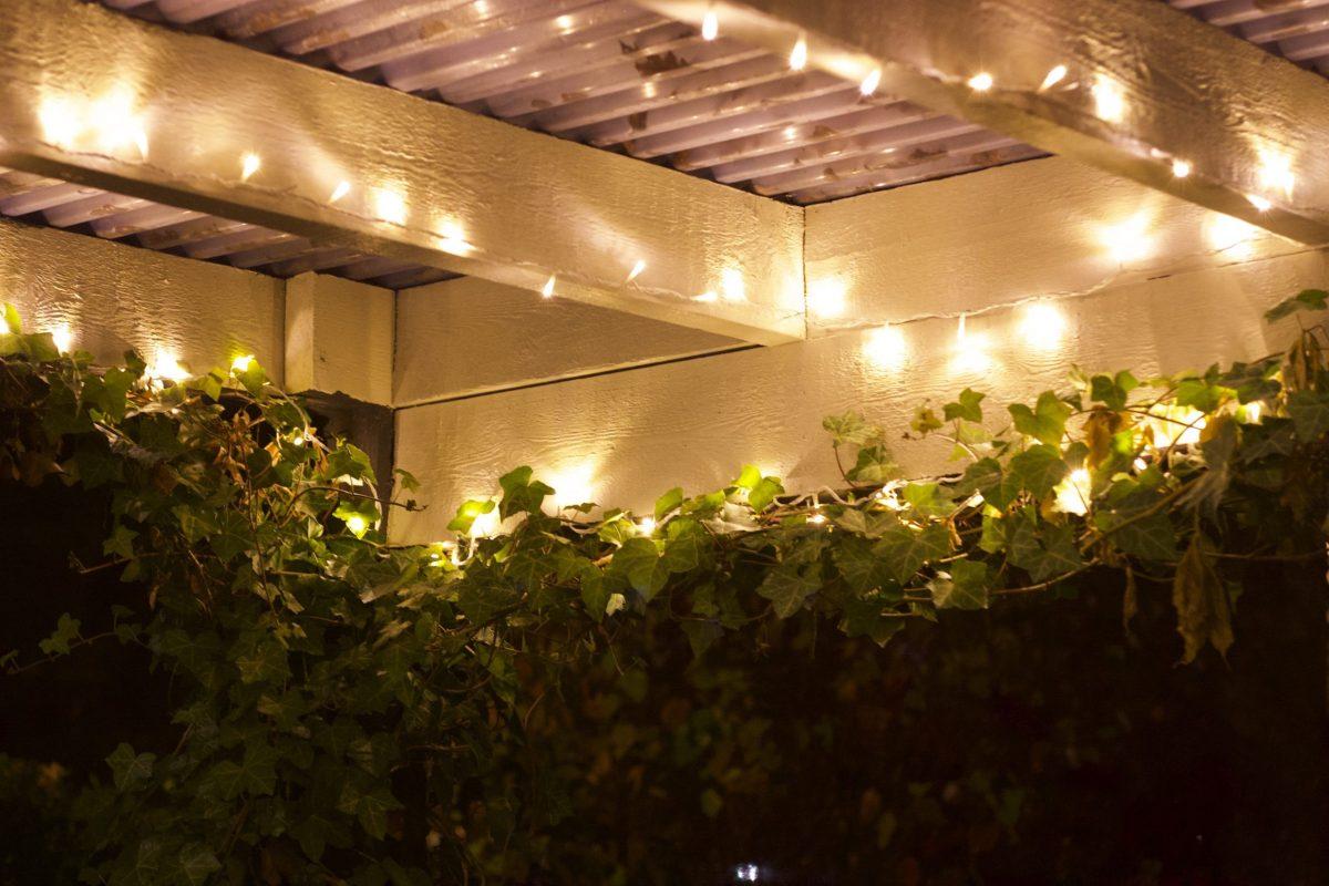 Natalia Lindberg Trädgårdsdesign pergola belysning klätterväxter murgröna