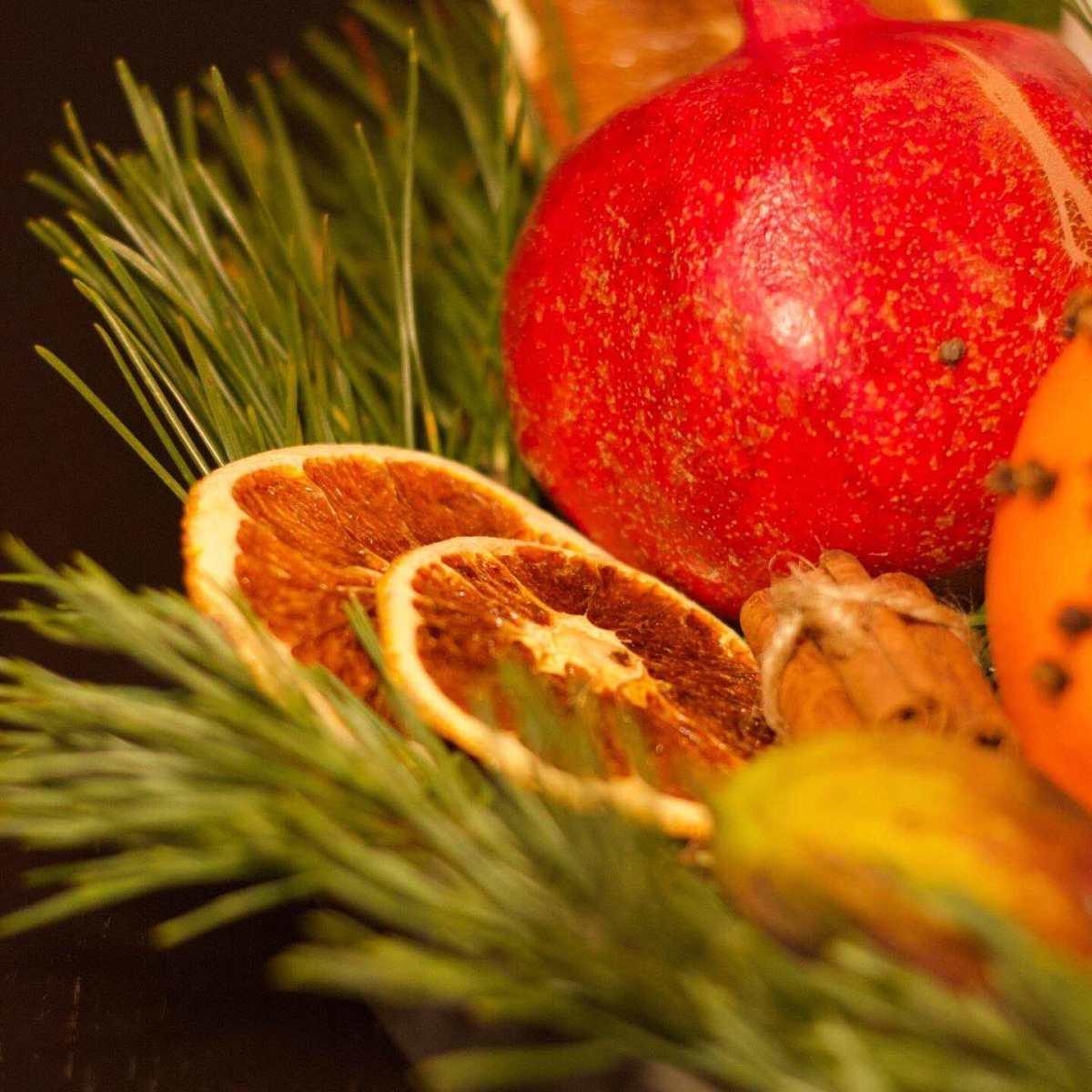 Natalia Lindberg Trädgårdsdesign - juldekorationer apelsiner torkade