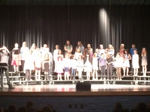 elementary-bulldog-choir