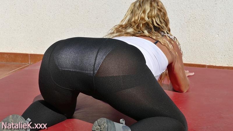 NatalieK xxx porn adult nylons panties outdoors