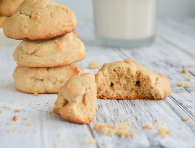 Fluffy Peanut Butter Cookies