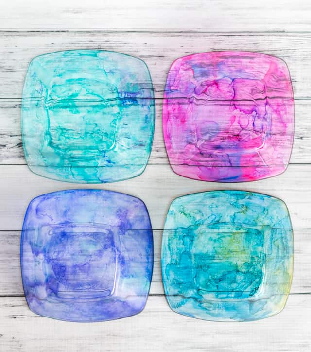 Food Safe Dishes with Alcohol Inks – DIY Colorful Dishes Tutorial