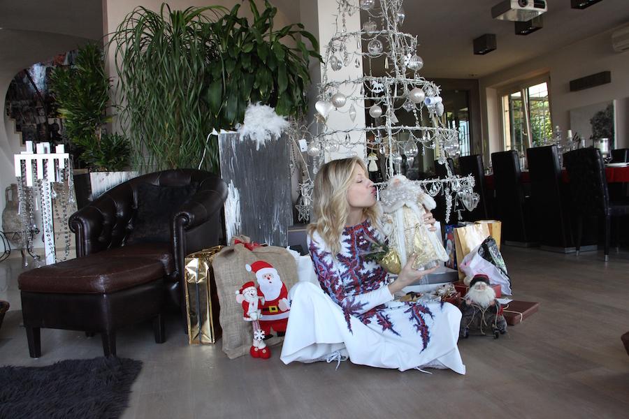 Come si festeggia il Natale in Russia Auguri da Natasha Stefanenko