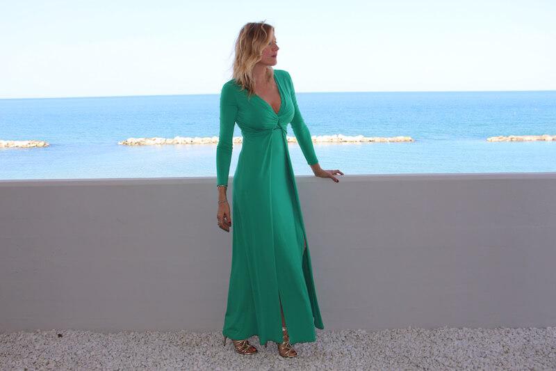 Matrimonio Spiaggia Come Vestirsi : Come vestirsi a un matrimonio natashasway